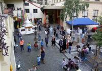 Tibetský den na nádvoří Náprstkova muzea