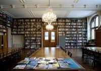 Komentovaná prohlídka knihovny s A. Kašparovou