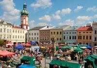 Farmářské trhy na náměstí Svobody ve Frýdku Místku