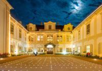 Večerní a noční prohlídky na zámku Loučeň