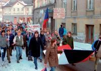 Vánoce za totáče / k výročí 30 let od sametové revoluce