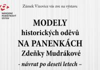 Modely historických šatů na panenkách - Zámek Vizovice