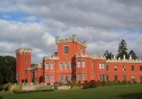 Virtuální prohlídky zámku Hrádek u Nechanic