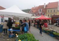 Farmářské trhy na náměstí v Kadani