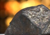 Čeljabinský meteorit na evropské výstavě drahých kamenů v Praze