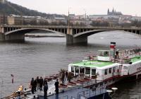 Pražské parníky vstoupily do 148. sezóny - nová linka, nové plavby a 75. narozeniny Vyšehradu