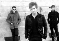 Britští The Feud zahrají (electro)rockovým fanouškům v pražském Futuru