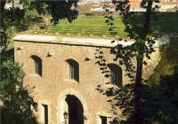 Vyšehrad v dějinách pražského opevnění