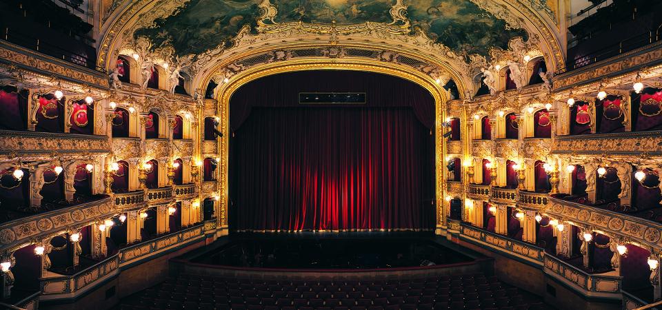 Národní divadlo státní opera
