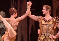 Znáte symbol baletní dokonalosti Bolšoj balet? V kině Atlas promítají jeho drama Spartakus