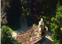 Otáčivé hlediště Český Krumlov nabídne letos již devadesátou premiéru