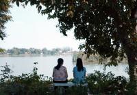 Film Láska z Khon Khaen mezinárodně uznávaného režiséra A. Weerasethakula vstupuje do českých kin