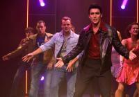 Horečka sobotní noci v divadle Kalich roztančí i diváky