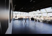 Černá labuť Art & Event Gallery