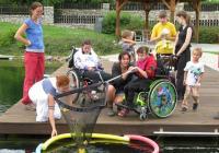 Pomáhat lidem se zdravotním postižením