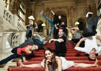 Red Bull Flying Bach pro obrovský zájem přidává v Praze představení