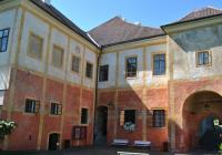 Z Krumlova na Rožmberk: výlet po hradech a zříceninách