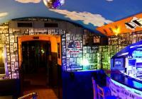 PEACH PIT Music Bar a hudební klub, Praha 3