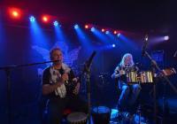 Koncert Vlastík Brůček Plamínek a rocker a bubeník Bob Hochman
