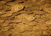 Měna a oběživo na Moravě na počátku 13. století