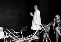 Divadlo Kámen a diskuse na téma: Kašle umění na diváka?