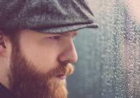 Po pěti letech zavítá do Prahy hudebník Alex Clare. Představí písně z nové desky