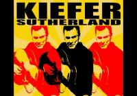 Herec Kiefer Sutherland vydal debutové album Down in a Hole