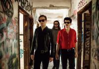 Kapela Merchandise oznamuje nový termín pražského koncertu