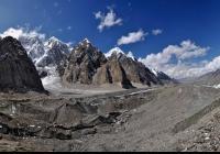 28 600 km peši v Kirgizsku, 250 km v...