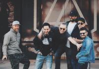 Linkin Park opět šokují. V nové písni ztrácí i zbytky své rockové dravosti