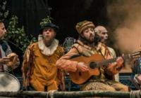 Footsbarn Theatre: Oslava Shakespeara