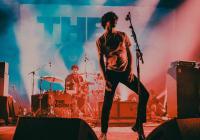 The Kooks mění termín svého českého koncertu. Do Prahy dorazí až v listopadu