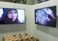 Ruská okupace Krymu je tématem nové výstavy v DOXu