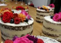 Kurz pečení: dort & slavnostní cupcakes