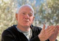 Raymond Moody: Odcházení jako terapie a cesta poznání