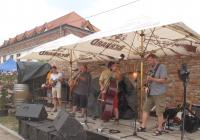 Folk festival pod Přítluckou horou