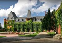 Co nabízí Hradec nad Moravicí? Bílý a Červený zámek, koupání i krásné vyhlídky