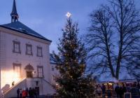 Rozsvícení vánočního stromu - Zámek Svijany