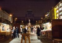 Vánoční trhy na Václavském náměstí v Praze