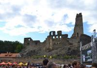 Svatováclavská slavnost na hradě Okoř