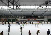 Bruslení na zimním stadionu Nikolajka - Praha
