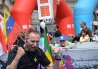 Poběžte se žlutou stužkou v rámci Volkswagen Maraton Praha 2018