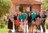 Kolumbie a Kyrgyzstán dobrovolnicky