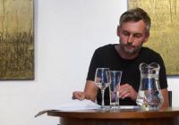 Petr Borkovec: Nikdo nemiluje muže, který se upaluje v zrcadle
