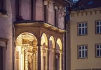 Noční muzicírování pod renesanční lodžií - Olomouc