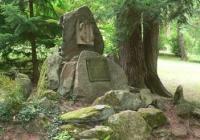 Mohyla z granitových kamenů, Trutnov