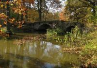 Barbořin kamenný most, Zahrádky