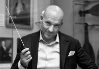 PKF - Prague Philharmonia: Dirigentské sólo pro Emmanuela Villauma (L3)