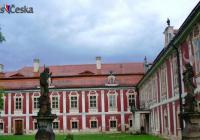 Mezinárodní den památek na zámku Steknik