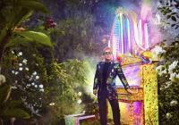 Elton John v Praze